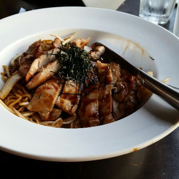 Grilled Chicken Yaki soba - Wasabi Bistro, San Francisco, CA