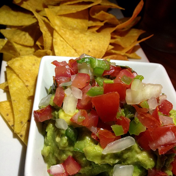 Eva's Avocado Guacamole, Pico De Gallo, Crispy Tortilla Chips - Beso, Hollywood, CA