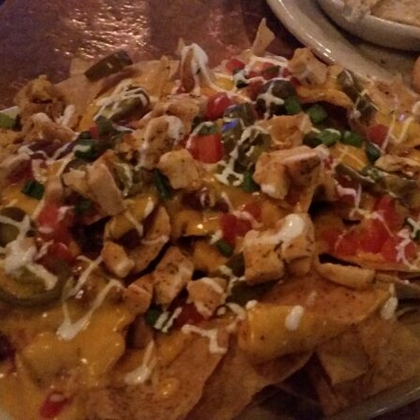 Chicken Nachos - JIMMY BUFFETT'S MARGARITAVILLE at Universal CityWalk, Orlando, FL