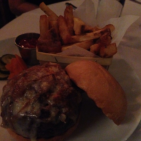 Lineage Burger - Lineage, Brookline, MA