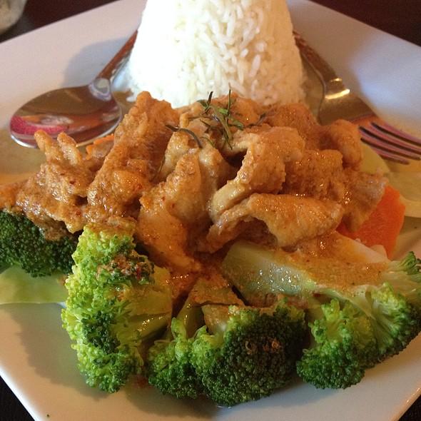 Kang Penang Chicken - Drunken Poet Cafe Thai Bistro & Sushi Bar, Sarasota, FL