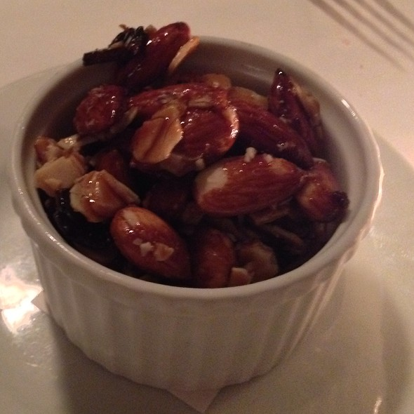 Beer & Bacon Glazed Almonds - Noah's, Greenport, NY