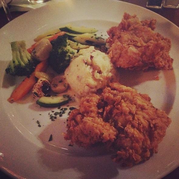 Southern Inn Fried Chicken - Southern Inn Restaurant, Lexington, VA
