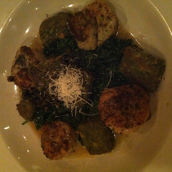 Pan Seared Scallops  - Ristorante Divino, Columbia, SC