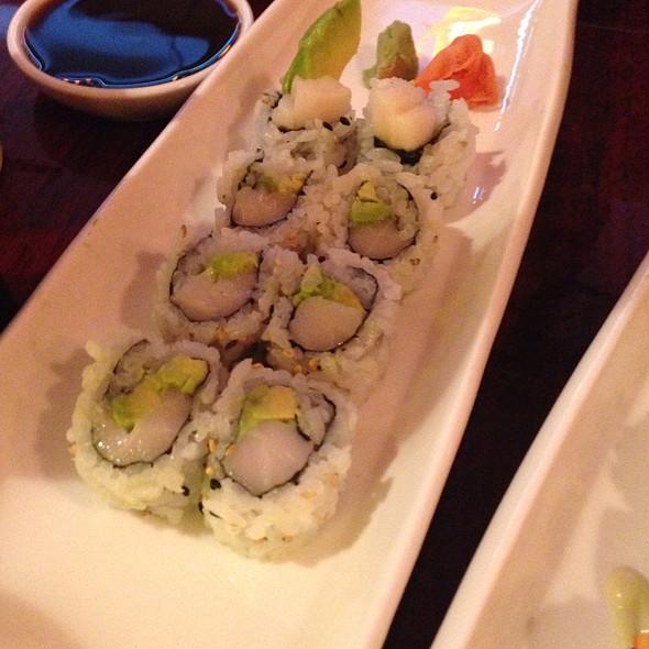White Tuna Avocado Roll - Rollapalooza, Chicago, IL