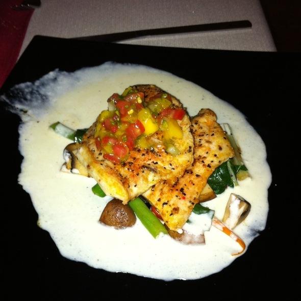 Mahi Mahi Special - Peter's Restaurante, Cancún, ROO