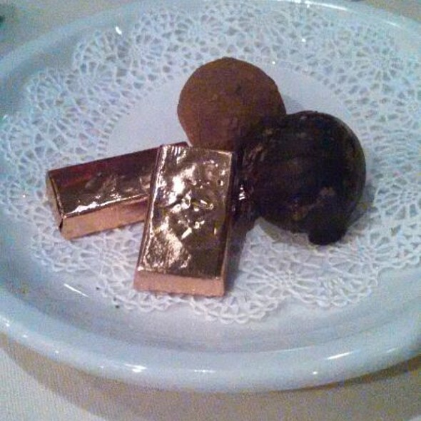 After Dinner Mints & Chocolate Truffles   - Friday's Station Steak & Seafood Grill - Harrah's Lake Tahoe, Stateline, NV