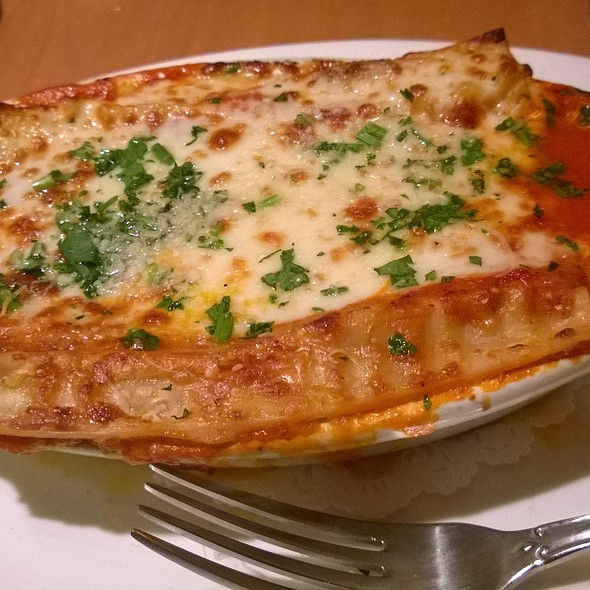 Meat Lasagna - Fontina Grille, Rockville, MD