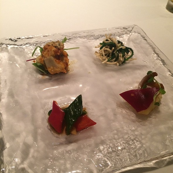 Assorted Marinated Seasonal Vegetables - カントニーズ 燕 ケン タカセ, 千代田区, 東京都