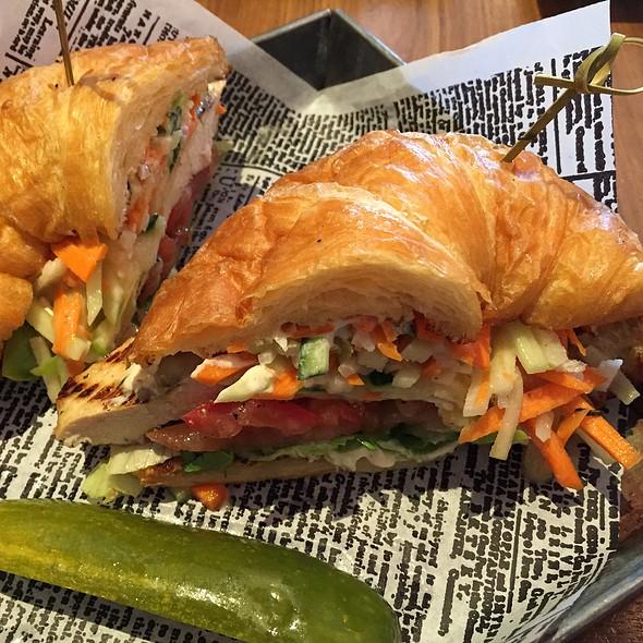 chicken croissant sandwich - Plate 38, Pasadena, CA
