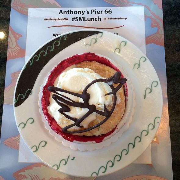 Petite Wild Mountain Blackberry Cobbler - Anthony's Pier 66, Seattle, WA