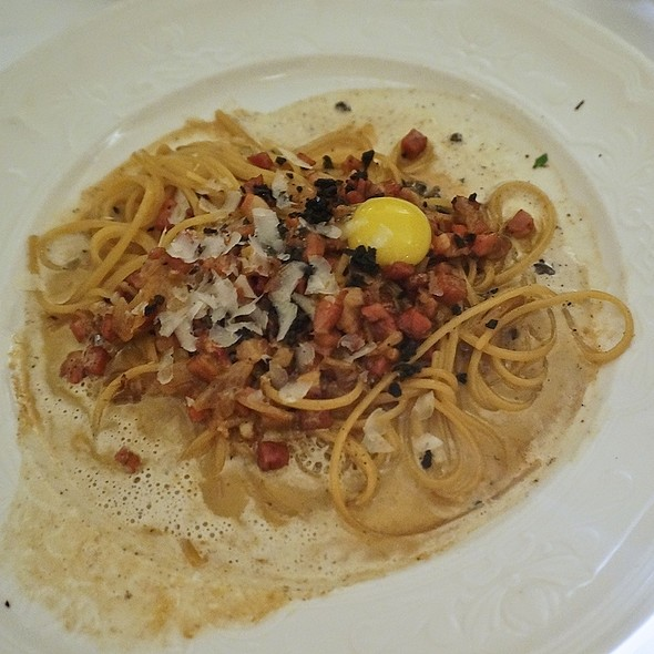 Linguini carbonara with pancetta, onion, pecorino romano, emulsified porcini and black truffle sauce, quail egg yolk - Scalini Fedeli, New York, NY