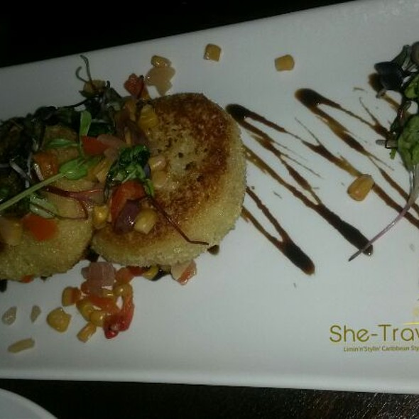 Crab Cakes - Bâton Rouge Steakhouse & Bar - Scarborough, Scarborough, ON