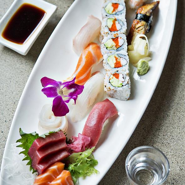sushi & sashimi entree - Perrys, Washington, DC