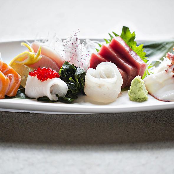 sashimi regular entree - Perrys, Washington, DC