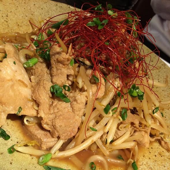 牡蠣、豚生姜焼き - カーブ・ド・オイスター, 中央区, 東京都