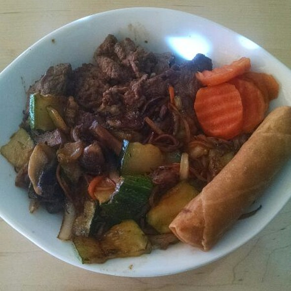 Hibatchi Steak Rice Bowl - Hakka Chow, Winston-Salem, NC