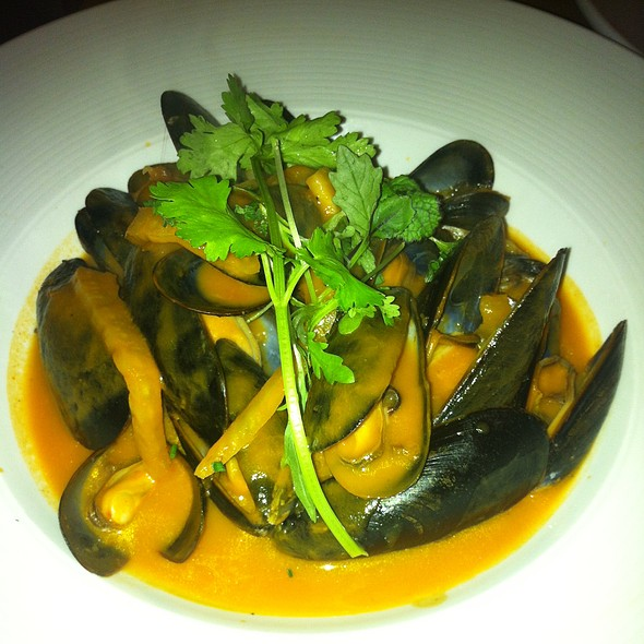 Mussels - Chives Canadian Bistro, Halifax, NS
