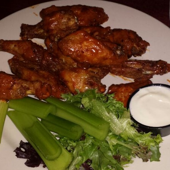 Buffalo Wings - Penn Taproom, Doylestown, PA