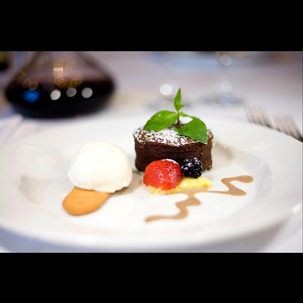 Chocolate Souffle - Da Vinci Ristorante, Montréal, QC
