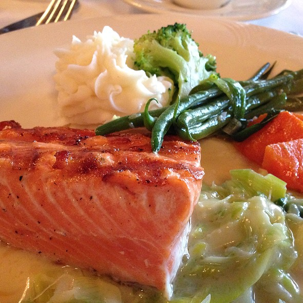 Grilled Salmon - Mistral - Sherman Oaks, Sherman Oaks, CA