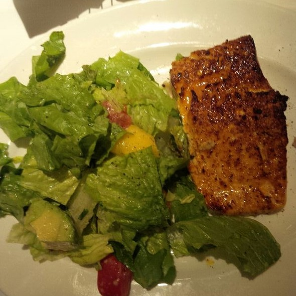 salmon, mango and tomato salad - The Capital Grille - Dunwoody ...