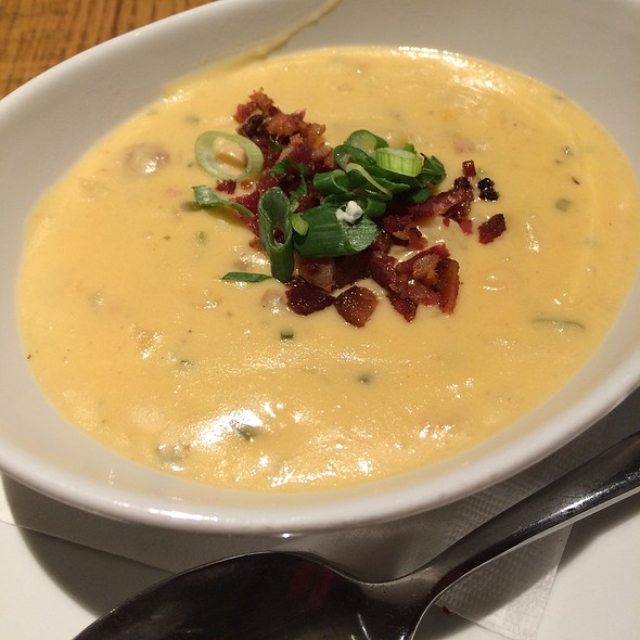 California Pizza Kitchen Baked Potato Soup