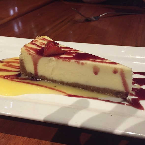Vanilla cheese cake - Bistro Bella Vita, Grand Rapids, MI
