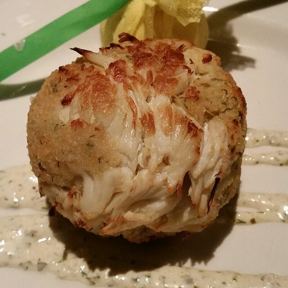 Pan-Seared Jumbo Lump Crab Cake - Steve Fields Steak and Lobster Lounge, Plano, TX