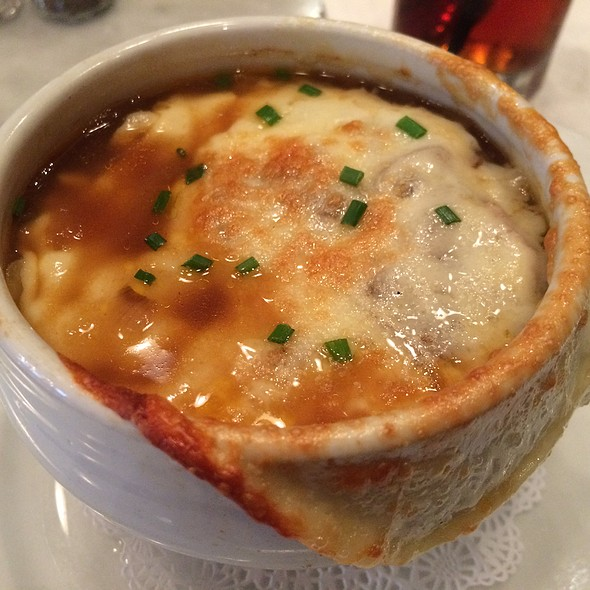 French Onion Soup - Coquette Brasserie, Raleigh, NC