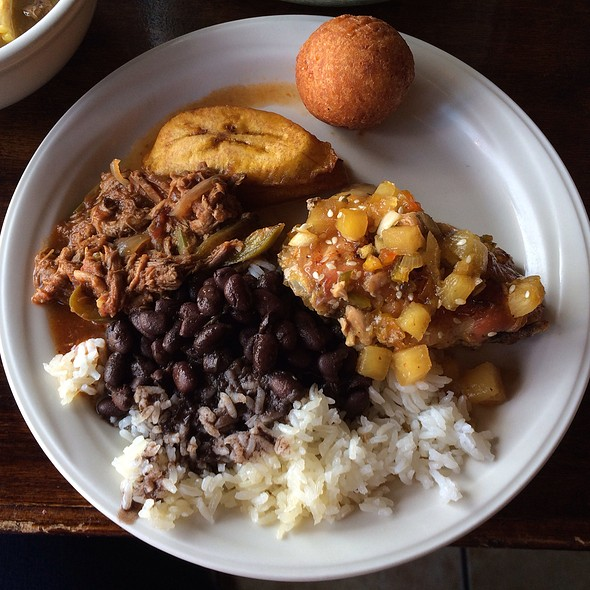 Lunch Buffet: Passionfruit Chicken, Stewed Beef, Rice, Beans, Plantains - La Fonda Latino Grill, Chicago, IL