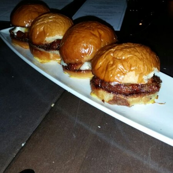 Pork belly Mini Burgers  - Montarra, Algonquin, IL