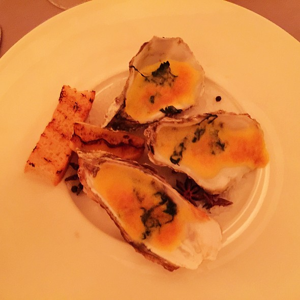 Chargrilled Oysters - The Club Grill - The Ritz-Carlton Cancun, Cancún, ROO