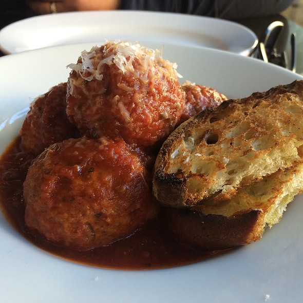 Meatballs, Tomato Sauce, Grilled Bread - Redd Wood, Yountville, CA