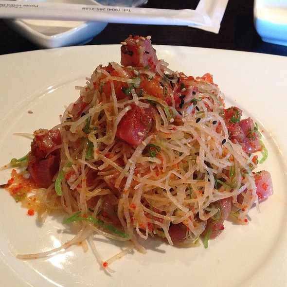 Kamiya Salad - Pacific Fusion Sushi & Thai, Ponte Vedra Beach, FL