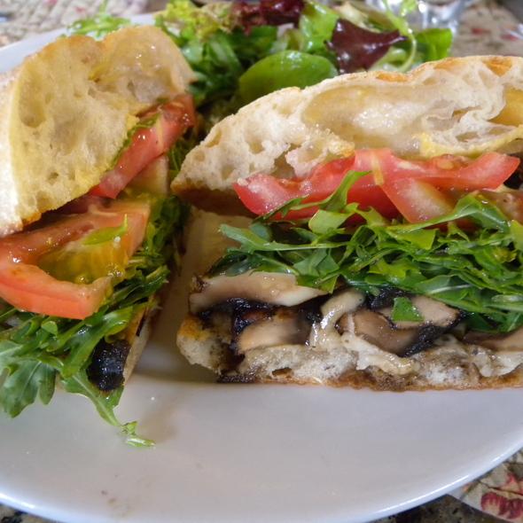 Portabello Mushroom Sandwich - Suzanne's Cuisine, Ojai, CA