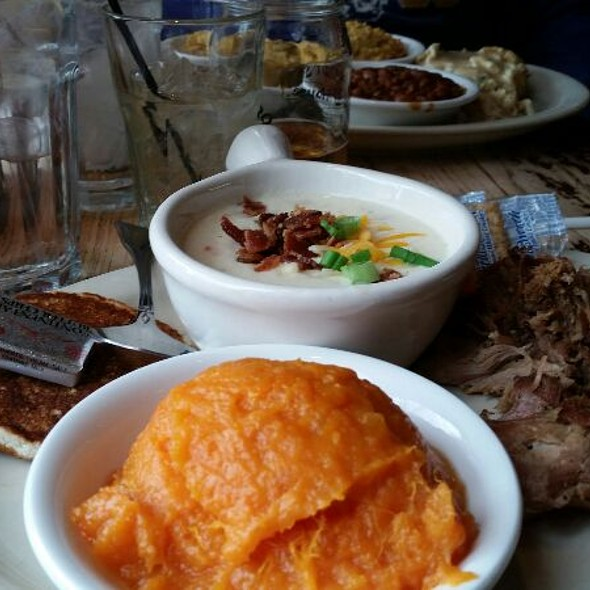 2meat And 2Side Special - Puckett's 5th & Church, Nashville, TN