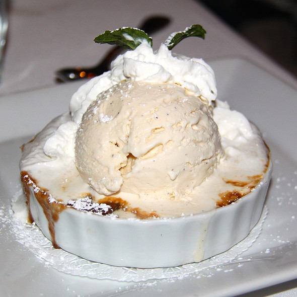 Peach Cobbler a la mode - Savannah Chop House, Laguna Niguel, CA