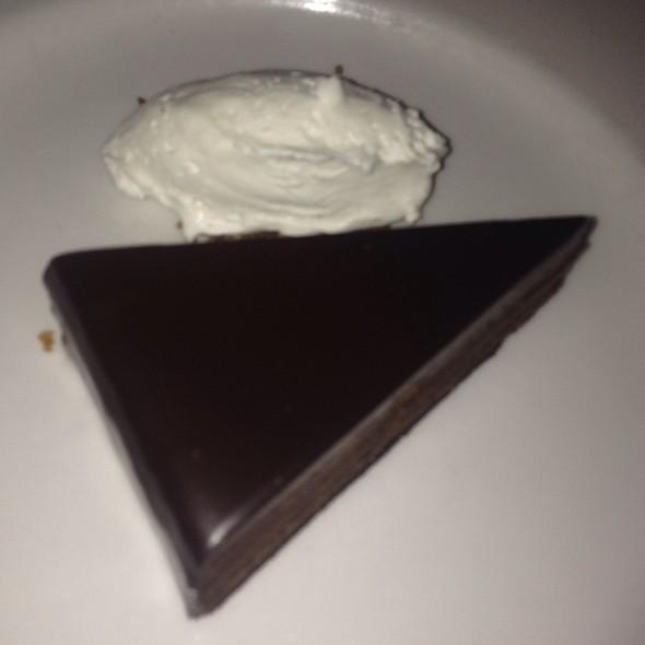 Gâteau Mousse au Chocolat  - Bistrot La Minette, Philadelphia, PA