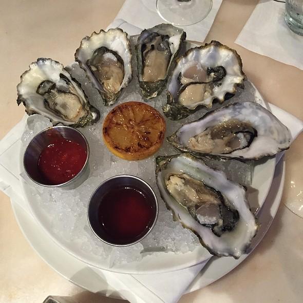 Oysters - Kincaid's - Redondo, Redondo Beach, CA