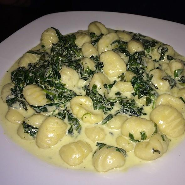 Gnocchi Formaggi E Spinaci, Gorgonzola, Mozzarella, Provolone, Parmigiano & Spinach In Cream Sauce - Italian Affair Restaurant, Glassboro, NJ