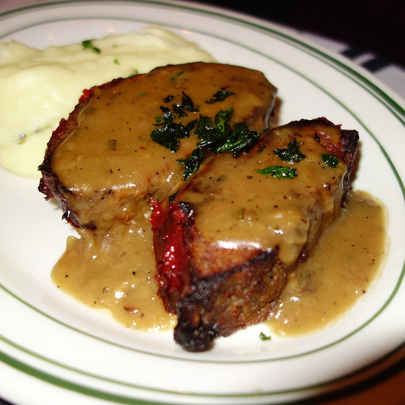 Meatloaf - Gibsons Bar & Steakhouse - Chicago, Chicago, IL