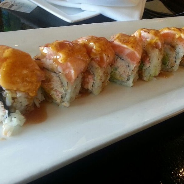 Spicy Tuna, Spicy Salmon, & Spicy White Tuna Rolls - Rok Sushi Kitchen, Hermosa Beach, CA