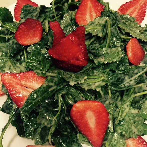 Baby Organic Kale With Strawberries Tossed In A Sweet Poppy Seed Dressing - Diamond's, Pennington, NJ