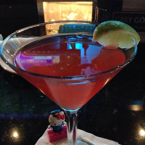 Sex In The City Martini - Sorriso - Bar Celona, Pasadena, CA