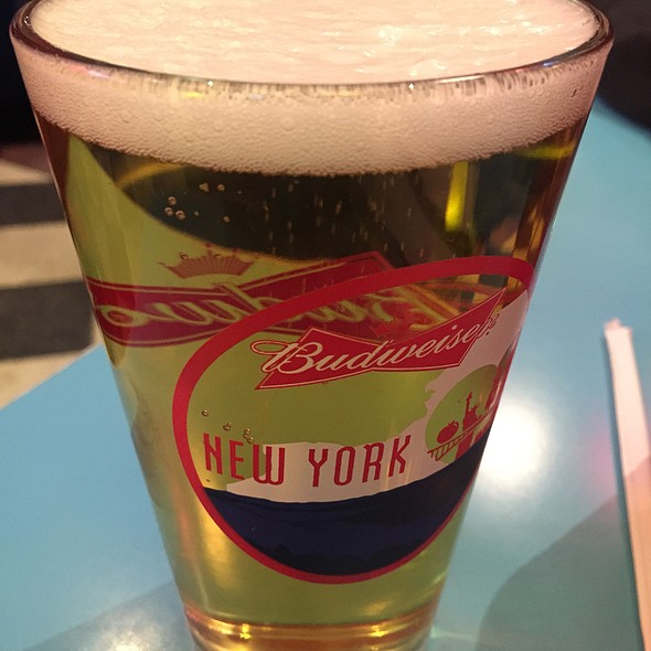 Stella Artois - Big Daddy's – Upper West Side, New York, NY