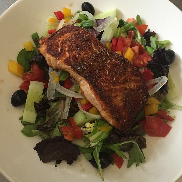 Blackened Salmon Salad - Luciano's, Wrentham, MA