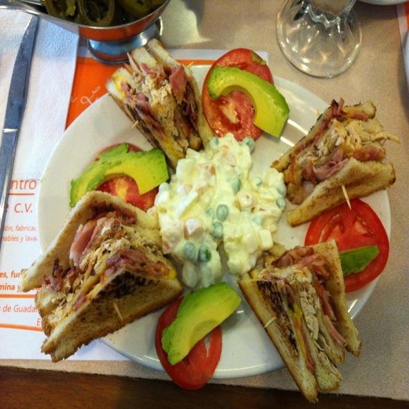San Luis Potosi Parroquia Restaurant Menu