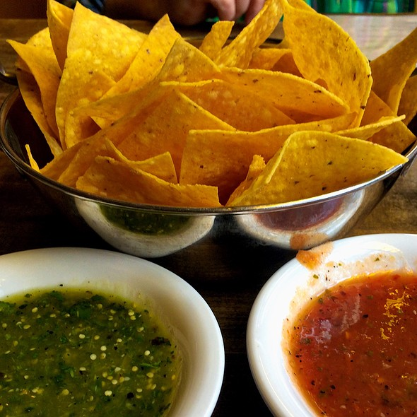Chips and Salsa - Cha Cha's Latin Kitchen, Brea, CA