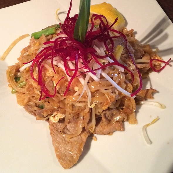 Pork Pad Thai - Thai Select, New York, NY